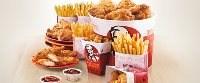 Coupon/Offer Details: Get KFC's signature Triple Treat bucket where all three variants of chicken are included at a 38% discount. The bucket includes 4 Hot & Crispy with 6 .