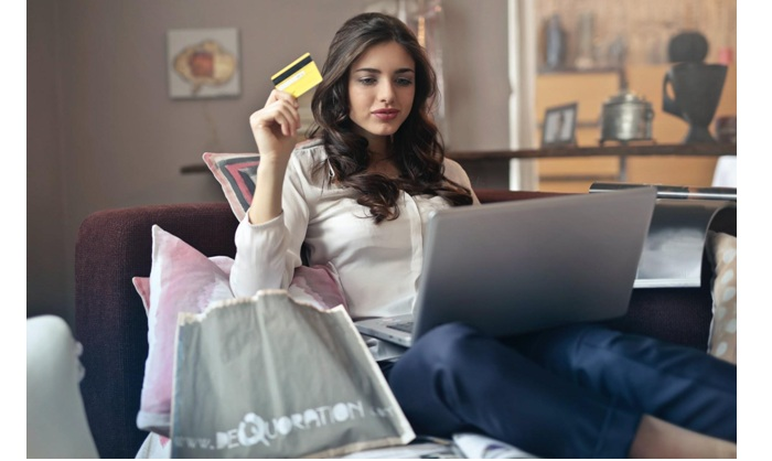 Lockdown Leads to Record-Breaking Month for UK retailers Online