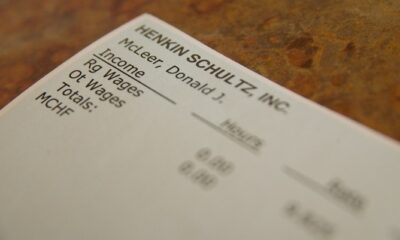 How to Make Pay Stubs for Your Employees