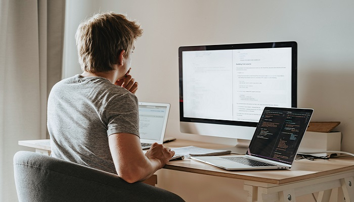 Top 7 Reasons to Choose React.js for Frontend Development
